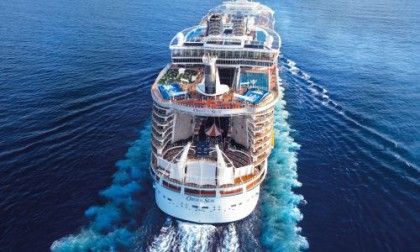 "A Civitavecchia sbarca la gigantesca ""Oasis of the Seas"""